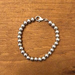Jewelry - Silver ball bracelet